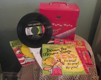 Vintage 1960s 45 RPM Record Case / Tune Tote Vanity Fair / Vintage 45 Records