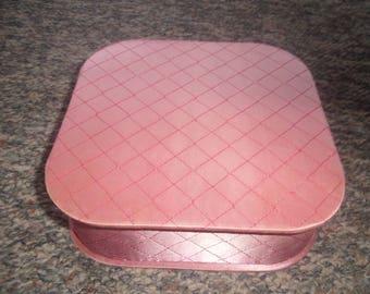 vintage ladies hand gloves box holder quilt pink vanity dresser
