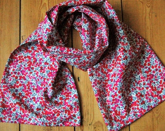 Handmade Scarf in Liberty of London Tana Lawn Wiltshire Berry Fabric Fully Lined