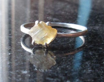Oregon Sunstone Ring, Size 7 Ring, Gemstone Sterling Silver Sunstone Ring, Raw Clear Stone Solitaire Ring