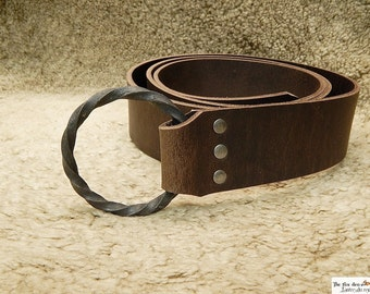 Large 2'' wide medieval belt with all hand made 3'' twisted iron ring. Black or brown. Reenactment, larp, sca