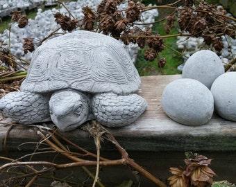 Turtle with eggs (3) Statue - Concrete