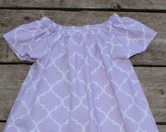 SALE - Girl's Toddlers Light Purple Quatrefoil Flutter Sleeve Peasant Dress - Size 3T