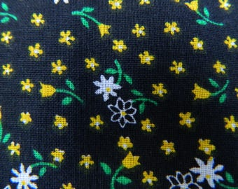 Floral Fabric Remnant ... Vintage 1960s - 1970s Material with Flowers .... Black and Yellow ...