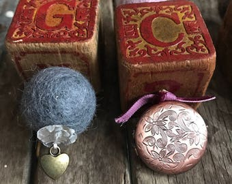 Victorian Christmas ornaments Mother's Day gifts picture lockets antique wooden blocks wool balls personalized gifts vintage decor antiques