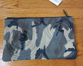 flat zippered pouch. camo. clutch. washable. lightweight. durable. lined. vegan