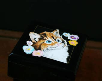 Vintage Cat Jewelry Box, Music Jewelry Box with Kitten, Musical Jewelry Box, 1990's, Made in Japan, The San Francisco Music Box Company
