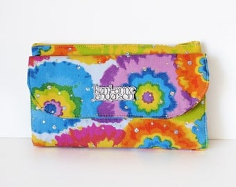 Women's Wallet Clutch with Bifold Card Slots and Coin Purse Zip Pocket in Rainbow