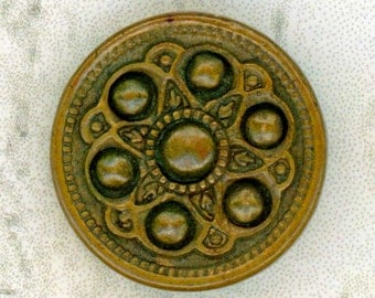 Antique Brass Sewing Button ~ 5/8 inch 16mm ~ Stylized Flower Design ~ Japanned Steel Back