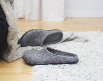 Felt slippers Multilayer sole Slip in Woman home shoes Grey shoes Traditional felt Natural wool Gift for her Woolen clogs