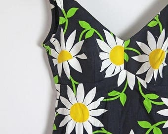 spring sale 1960s Bobbie Brooks Floral Dress