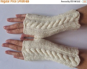 Fingerless Gloves Mittens Off White Arm Warmers Acrylic