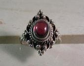 Vintage  Bali Style Rhodolite Garnet Cabochon Ring  in Sterling Silver.....  Lot 5002