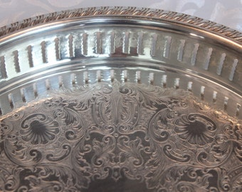 """Silver Plated Reticulated Tray, Wm Rogers, International Silver 10"""""""