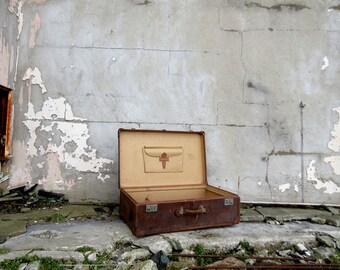 Large Vintage Luggage Leather Suitcase