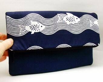 Foldover zipper clutch, zipper pouch, wedding purse, evening clutch, bridesmaid gifts set - Fish on blue (Ref. FZ5)