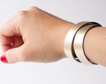 Leather Bracelet / Slim Wrap Cuff / Platinum Metallic
