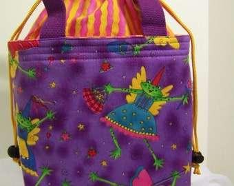 Insulated Drawstring lunch bag, Small purse, Cosmetic case, insulated lunchbox, fabric Lunch cooler, food tote