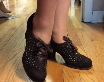 1930's CoCo Brown Cutout Heels