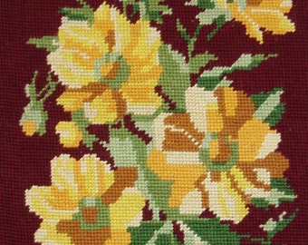 Vintage French needlepoint tapestry canvas embroidery - Yellow roses on red background - Rose needlepoint