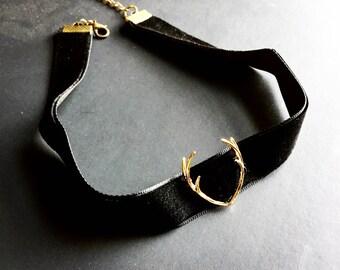 Antlers Necklace / Gold Antler Choker / Antler Necklace / Velvet Choker / Rose Gold Antler Jewelry / Velvet Boho Choker / Thick Black Choker