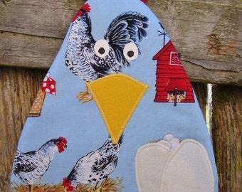 CHICKEN  Pot Holder   Light Blue    On-the-Farm Print