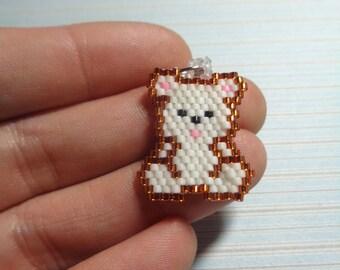 bear charm, beaded bear, bear keychain, beaded keychain, beaded charm, beaded necklace, brick stitch charm, white bear, bear in beads