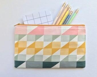 Geometric Zipper Pouch, Quilt Pencil Case, Trekant Pencil Pouch, Cosmetic Bag, Pink Gift bag
