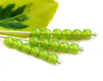 4mm Opal Green Round druk beads, Czech glass spacers, green pressed beads - approx.80-85Pc - 1705