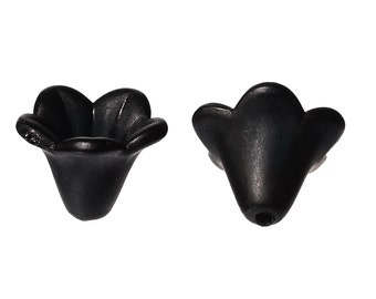 25  LUCITE, Acrylic Bead Caps, black FLOWERS  14mm x 14mm B74964
