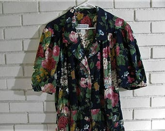 80's floral cotton dress with large puff sleeves size XL