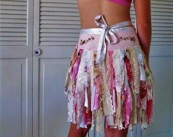 boho chic wrap skirt, tattered skirt, Festival skirt, gypsy skirt, shabby chic skirt, Pink funky skirt, hippie chic free size Country style