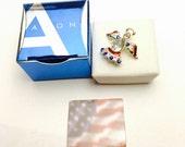 Avon Patriotic Angel pin/Lapel, Silver tone, rhinestones, collectable Fine Accessory, Item No. C107