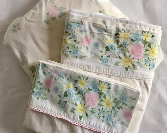Vintage 1950s 60s Springmaid Cotton Percale Full Sheet Set Pink Blue Yellow Pastel Flowers