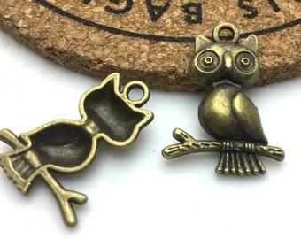 Owl Charms -20pcs of Antique Bronze Owl Charm Pendant 18x23mm H406-2
