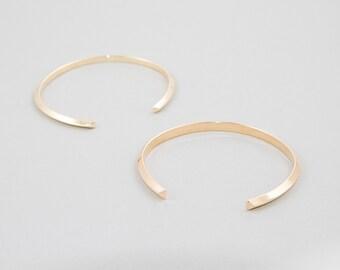 Open Brass Bracelet, Oval Cuff Bracelet, Minimalist Triangle Line Bracelet by Camillettejewelry