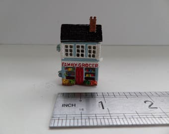 1:12th Dolls House Grocery Shop Toy/Ornament  for the Dolls House Nursery