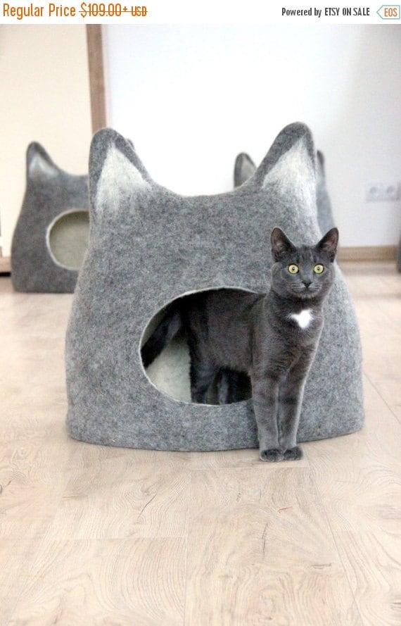 Pet bed cat bed cat cave cat house eco friendly by agnesfelt for Designer cat beds uk
