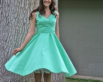 25% OFF SALE 50's/60's  Vintage Fit and Flare Dress, Polka-Dot Dress, Green Dress, 50's Retro Dress