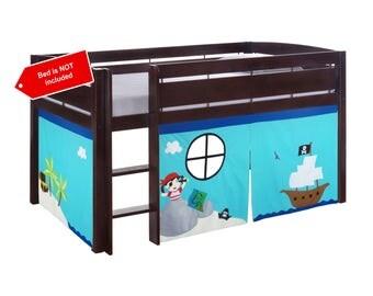 Pirate theme playhouse