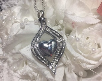 Crystal Pave Heart Stainless Steel Cremation Urn Locket Necklace Pendant with chain and funnel Ash Memorial