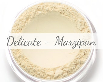 "Vegan Mineral Foundation Sample - Delicate Formula ""Marzipan"" - very light/pale shade with a yellow undertone"