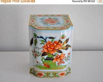ON SALE Vintage  Daher Flower Tea Tin  Container  Made in England