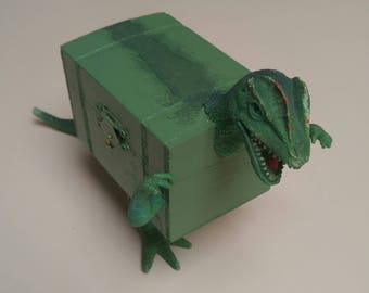 Green Dinosaur Treasure Box