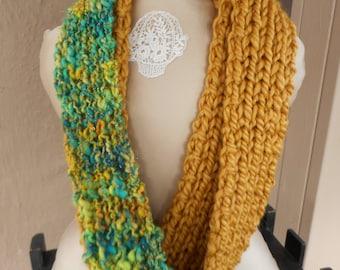 Hand Knit Cowl, Art Yarn Cowl, Hand Spun Yarn Cowl