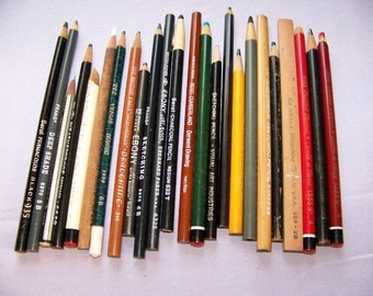 Lot of 24 Vintage Assorted Older Sketching Pencils Charcoal & Pastels