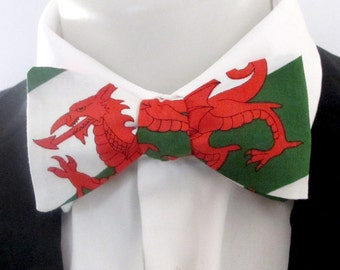Bowtie ~ welsh dragon ~ welsh flag ~ dragon bowtie~ Cymru ~