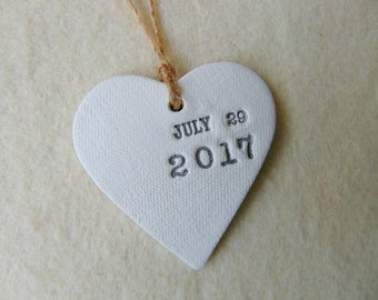 Wedding Hearts Favor, 50 Personalized Wedding Favor, Wedding Date Favor, Ceramic Hearts Favor