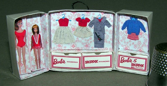 Barbie and skipper case, DIY kit from paper in miniature for the Doll House, Doll House, dollhouse miniatures # 40047