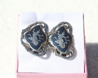 FREE SHIPPING Vintage Siam Sterling Silver Nielloware Goddess Clip On Earrings 1930-50s